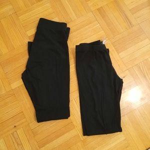 One cotton black legging